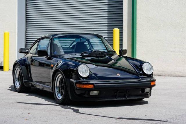 1984 Porsche 911 Carrera 2dr Coupe