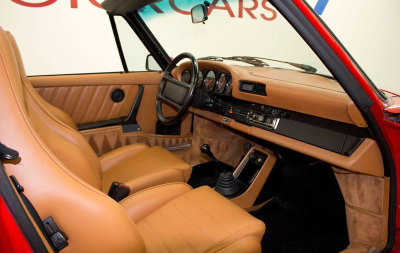 1984 Porsche 911 CARRERA CONVERTIBLE - 19206700 - 24