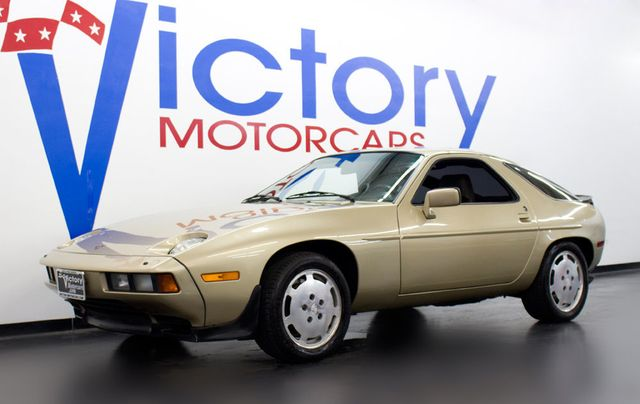 1984 Porsche 928 S - Click to see full-size photo viewer