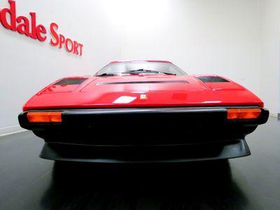 1985 Ferrari 308 GTS-BOXER TRIM -32K MILES, ROSSO CORSA/NERO w RED PIPING, FRESH SERVICE - Click to see full-size photo viewer