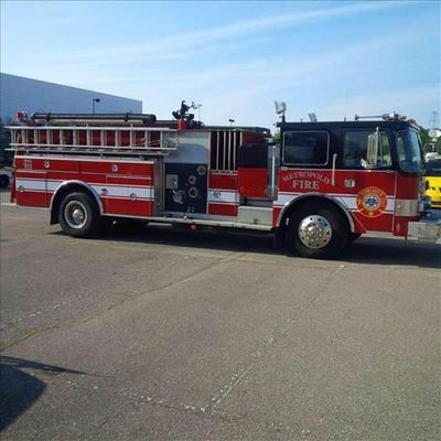 1985 PIERCE FIRE TRUCK PUMPER - Click to see full-size photo viewer