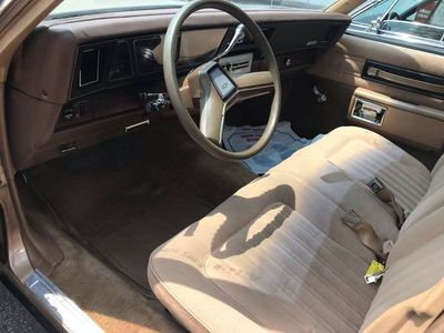 1986 Chevrolet Caprice Classic 4dr Sedan - Click to see full-size photo viewer
