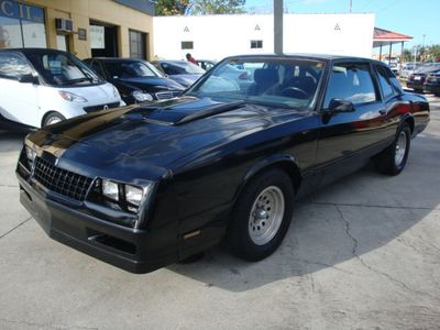 1986 Chevrolet Monte Carlo Base Trim - Click to see full-size photo viewer