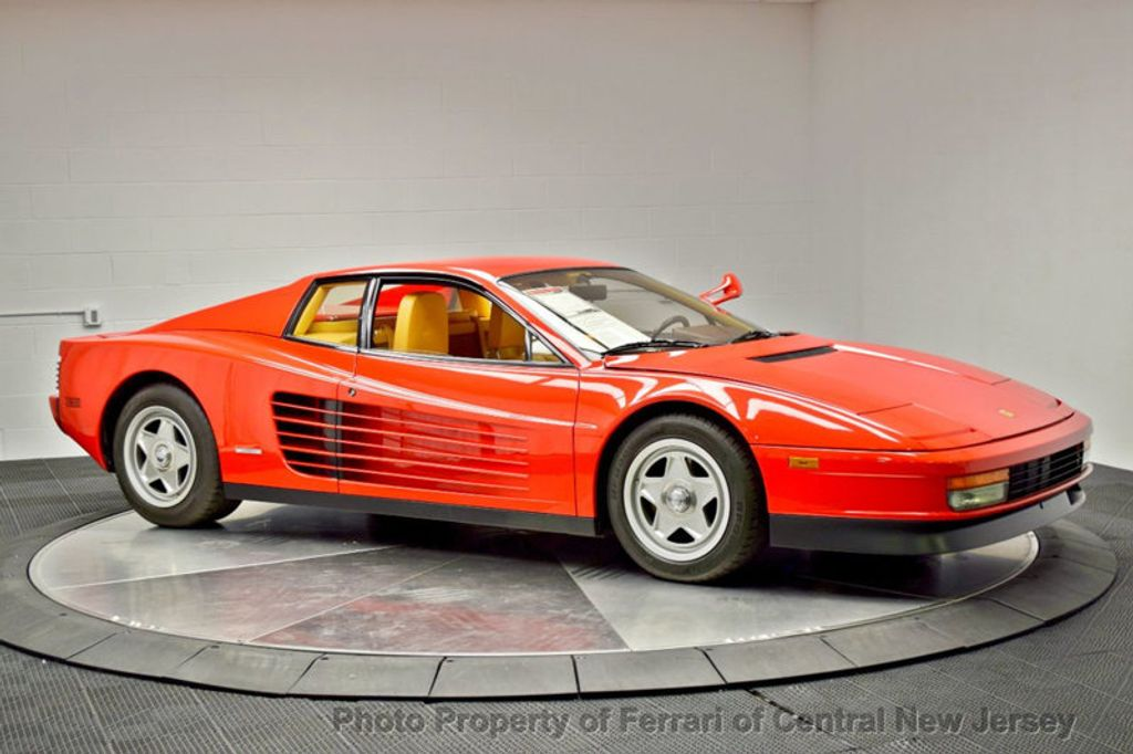 Dealer Video - 1986 Ferrari Testarossa Flying mirror limtied production - 17406362