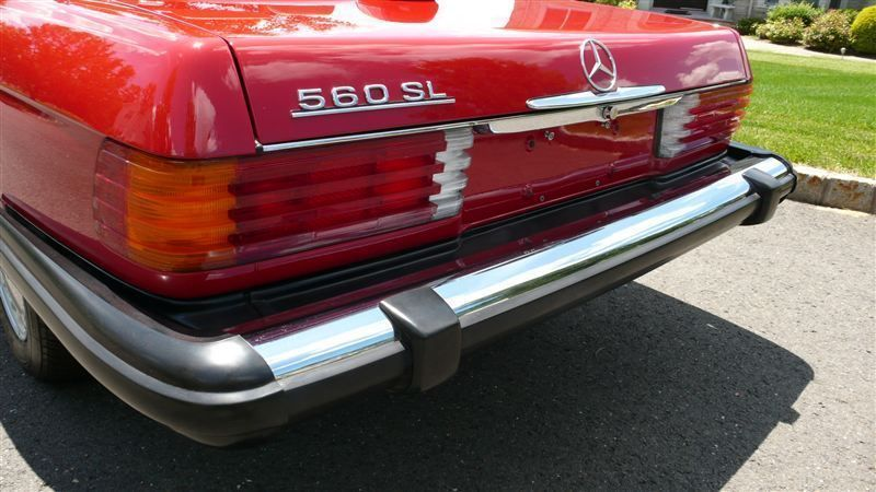 1986 Mercedes-Benz 560 SL - 8882840 - 33