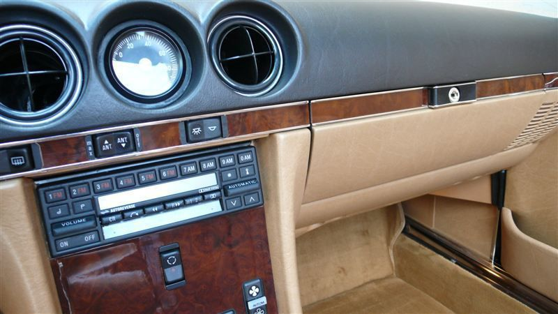 1986 Mercedes-Benz 560 SL - 8882840 - 58