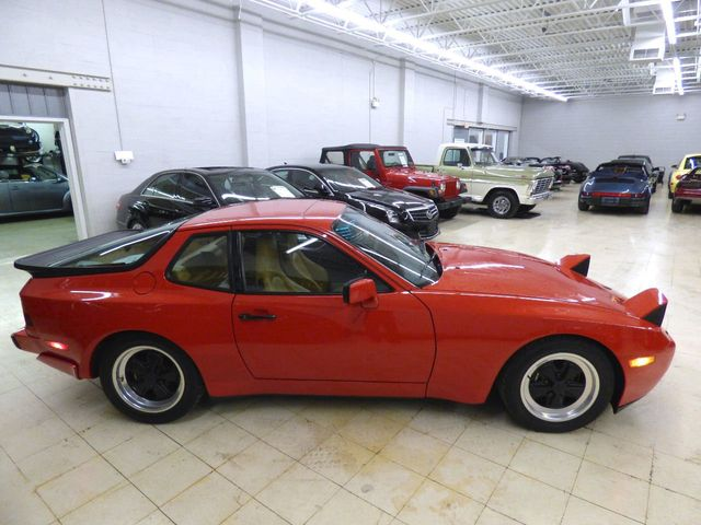 1986 Porsche 944 944 Turbo Guards Red  - Click to see full-size photo viewer