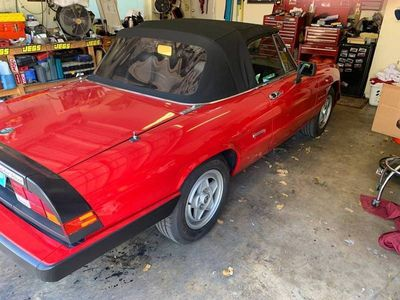 1987 Alfa Romeo Spider  - Click to see full-size photo viewer