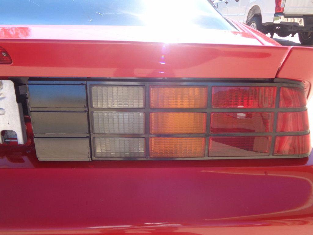 1987 Chevrolet Camaro Z28 IROC Coupe   - 16583052 - 13