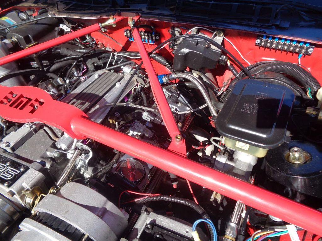 1987 Chevrolet Camaro Z28 IROC Coupe   - 16583052 - 19