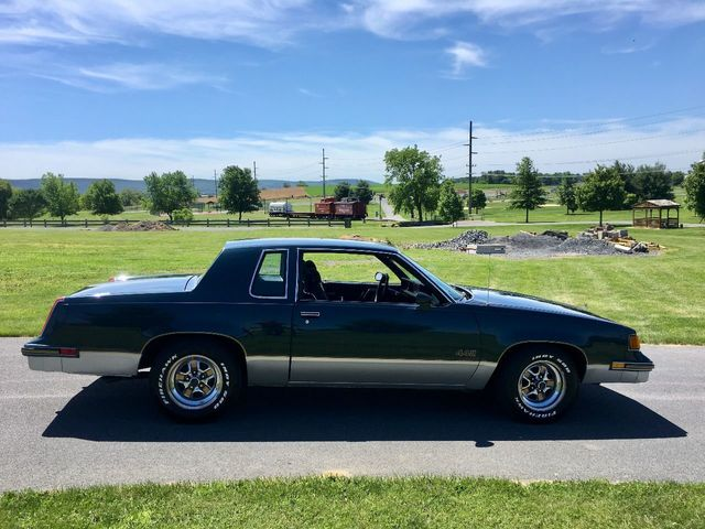 1987 Oldsmobile Cutlass 442 - Click to see full-size photo viewer