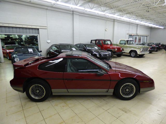 1987 Pontiac Fiero GT - Click to see full-size photo viewer