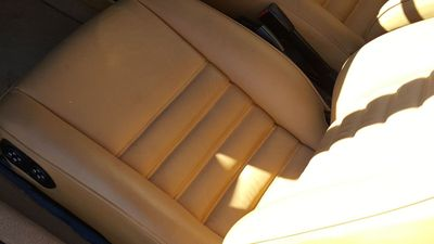 1987 Porsche 930 TURBO COUPE Carrera - Click to see full-size photo viewer