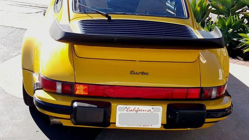 1987 Porsche 930 TURBO COUPE Carrera - 17193028 - 25