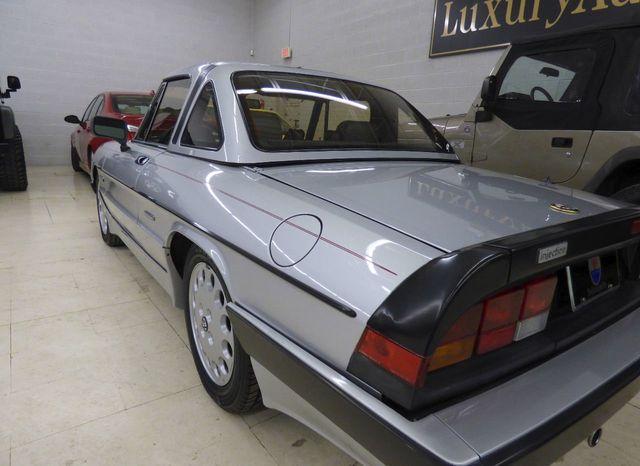 1988 Alfa Romeo Spider Quadrifoglio - Click to see full-size photo viewer
