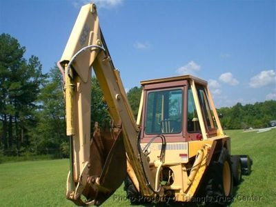1988 CASE BACKHOE LOADER 480E ONLY 1729 HRS ONE OWNER - Click to see full-size photo viewer