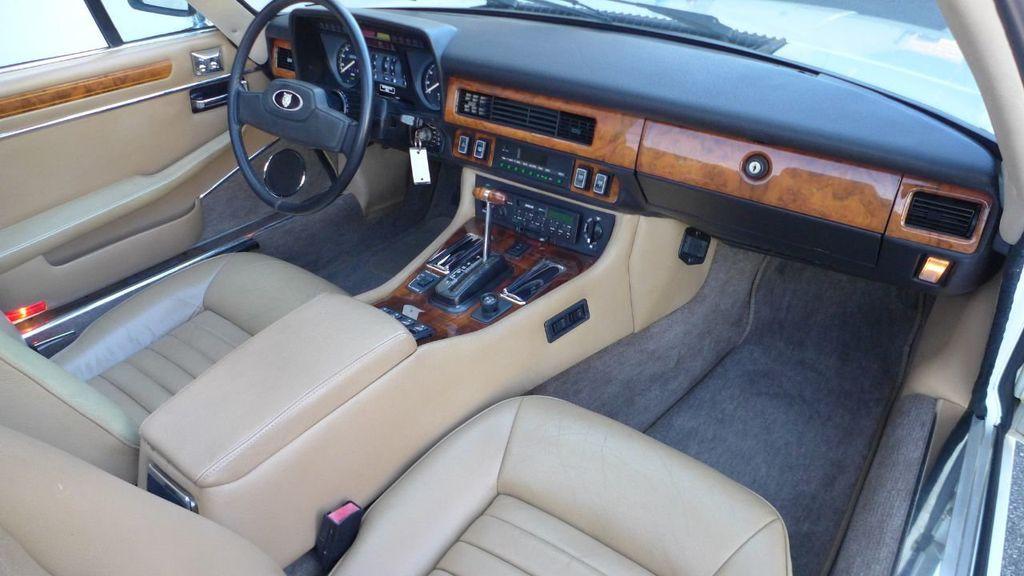 1988 Jaguar XJS  - 18519576 - 13