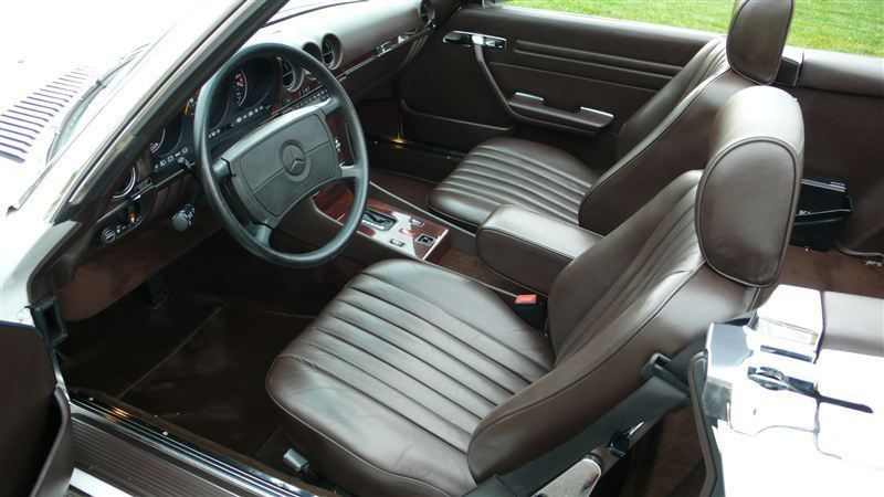 1988 Mercedes-Benz 560 SL - 7930551 - 11