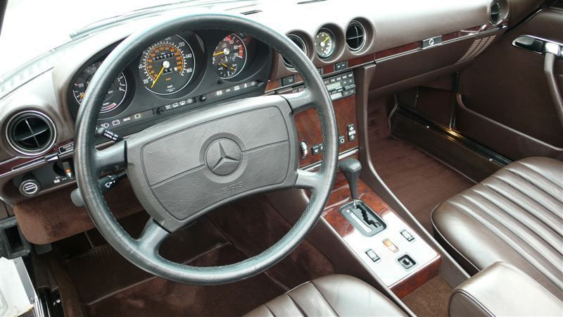 1988 Mercedes-Benz 560 SL - 7930551 - 12
