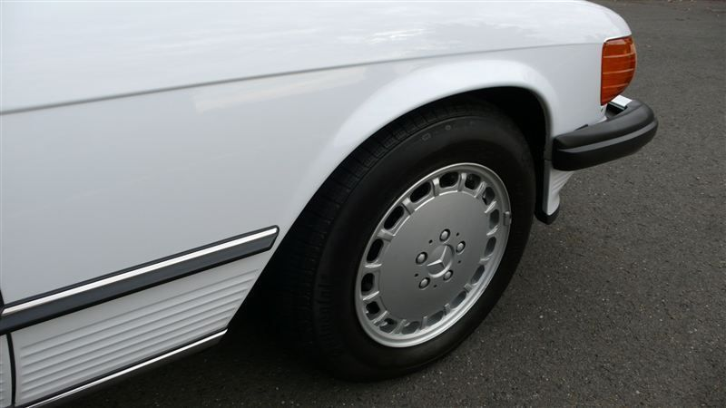 1988 Mercedes-Benz 560 SL - 7930551 - 39