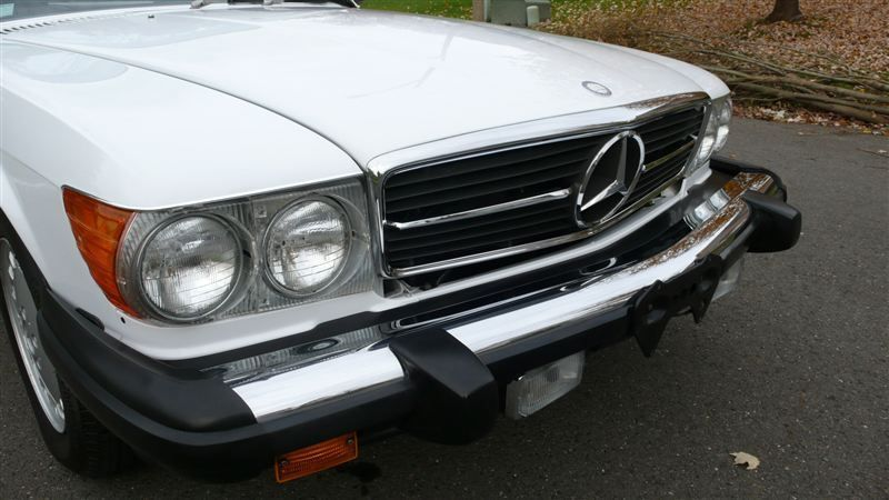 1988 Mercedes-Benz 560 SL - 7930551 - 4
