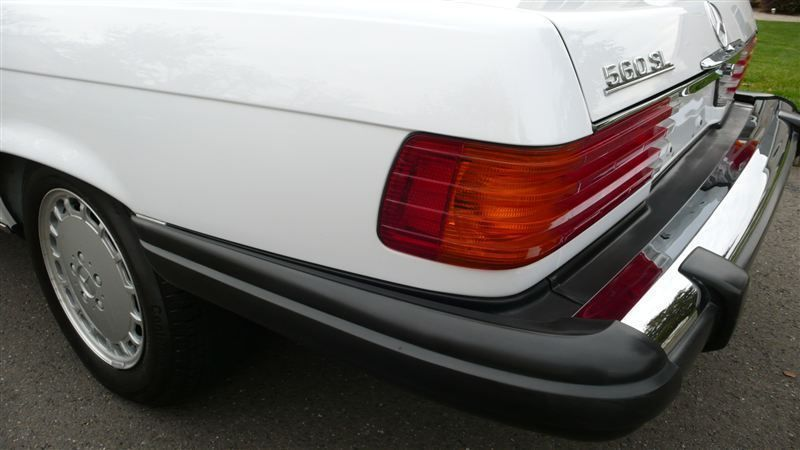 1988 Mercedes-Benz 560 SL - 7930551 - 51