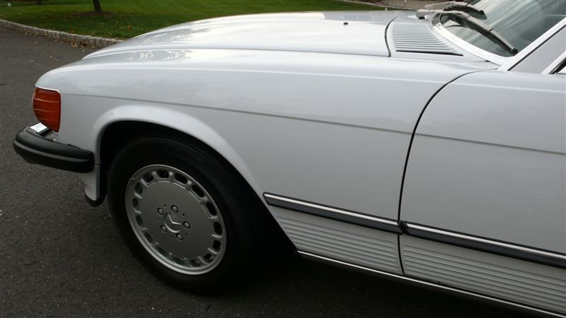 1988 Mercedes-Benz 560 SL - 7930551 - 54