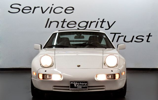1988 Porsche 928 S4 - Click to see full-size photo viewer
