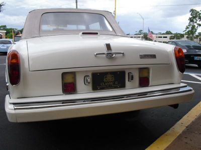 1988 Rolls-Royce Cornich II Base Trim - Click to see full-size photo viewer