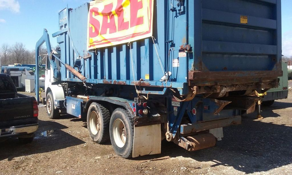 1988 Used Volvo White GMC Front Load 20 Yards at WeBe Autos