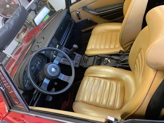 1989 Alfa Romeo Spider Graduate