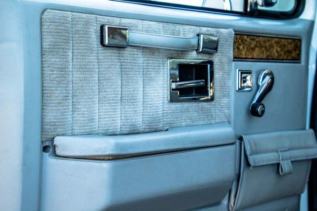 1989 GMC Jimmy V15 4WD - 18466943 - 36