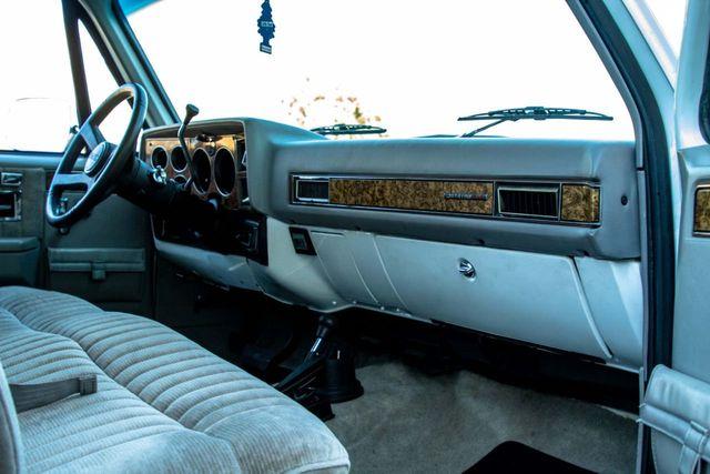 1989 GMC Jimmy V15 4WD - 18466943 - 48