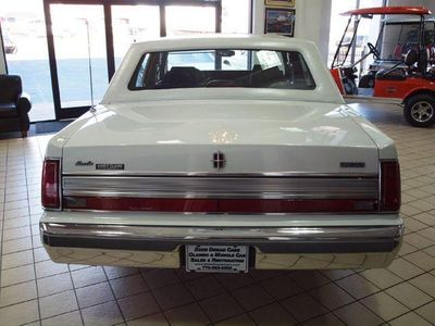 1989 Used Lincoln Town Car Signature At Dixie Dream Cars Serving
