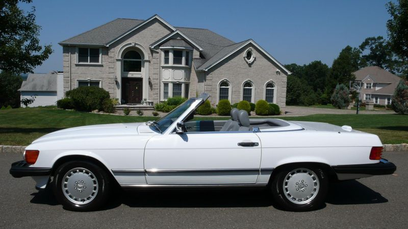 1989 Mercedes-Benz 560 Series SL - 10737841 - 0