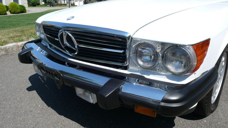 1989 Mercedes-Benz 560 Series SL - 10737841 - 19