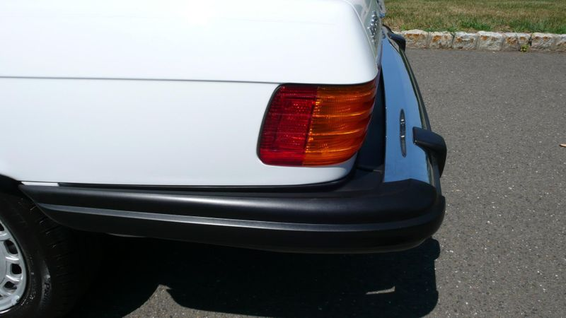 1989 Mercedes-Benz 560 Series SL - 10737841 - 37