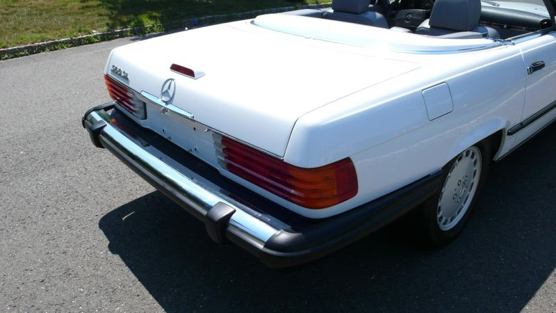 1989 Mercedes-Benz 560 Series SL - 10737841 - 43