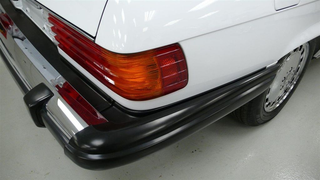 1989 Mercedes-Benz 560 Series SL - 11801471 - 51