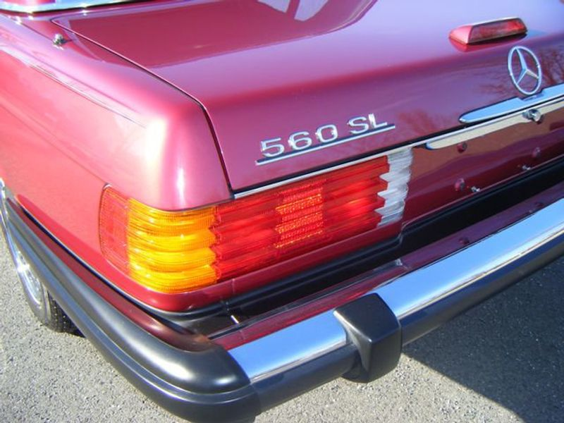 1989 Mercedes-Benz 560 Series SL - 3933890 - 21