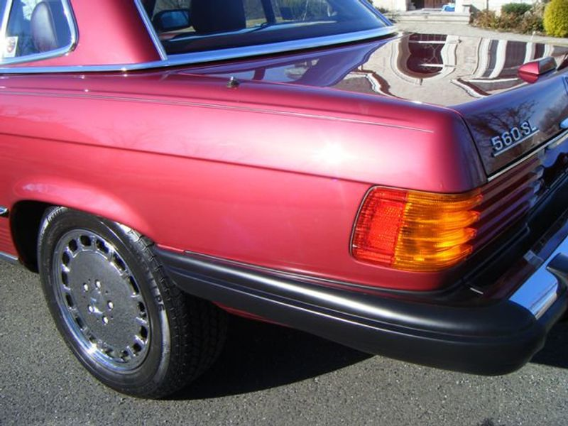 1989 Mercedes-Benz 560 Series SL - 3933890 - 23