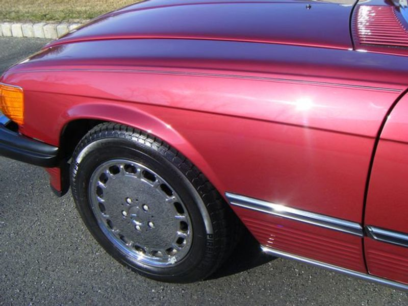 1989 Mercedes-Benz 560 Series SL - 3933890 - 29