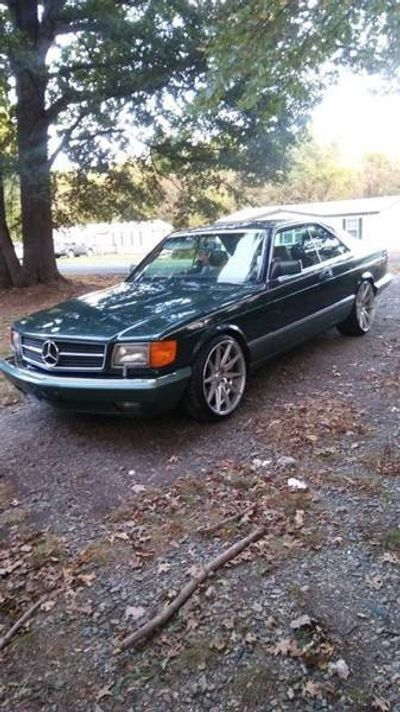 1989 Mercedes-Benz 560-Class  Coupe