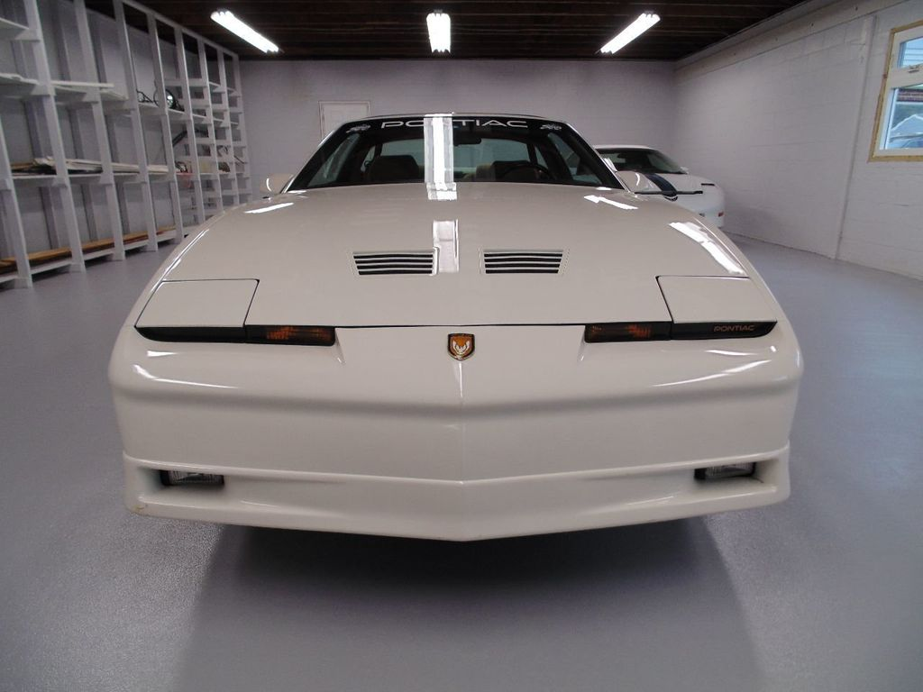 1989 Pontiac Firebird Trans Am GTA - 16578217 - 1