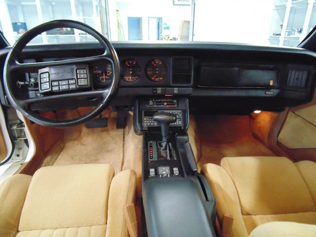 1989 Pontiac Firebird Trans Am GTA - 16578217 - 19