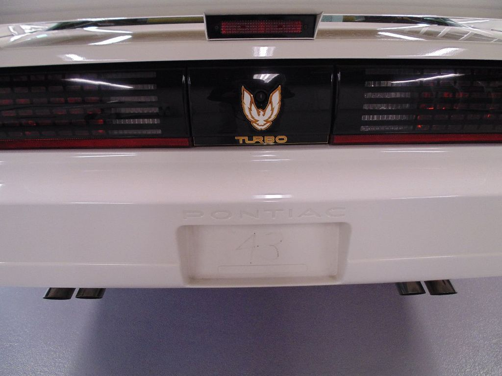 1989 Pontiac Firebird Trans Am GTA - 16578217 - 28