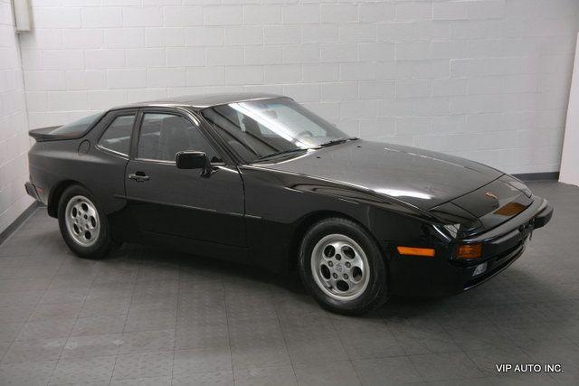 1989 Porsche 944 Base Trim