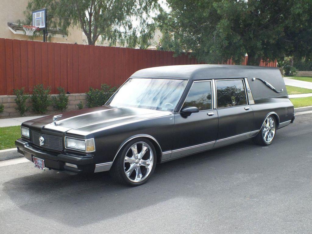 1990 Chevrolet Caprice Hearse - 13249438 - 0
