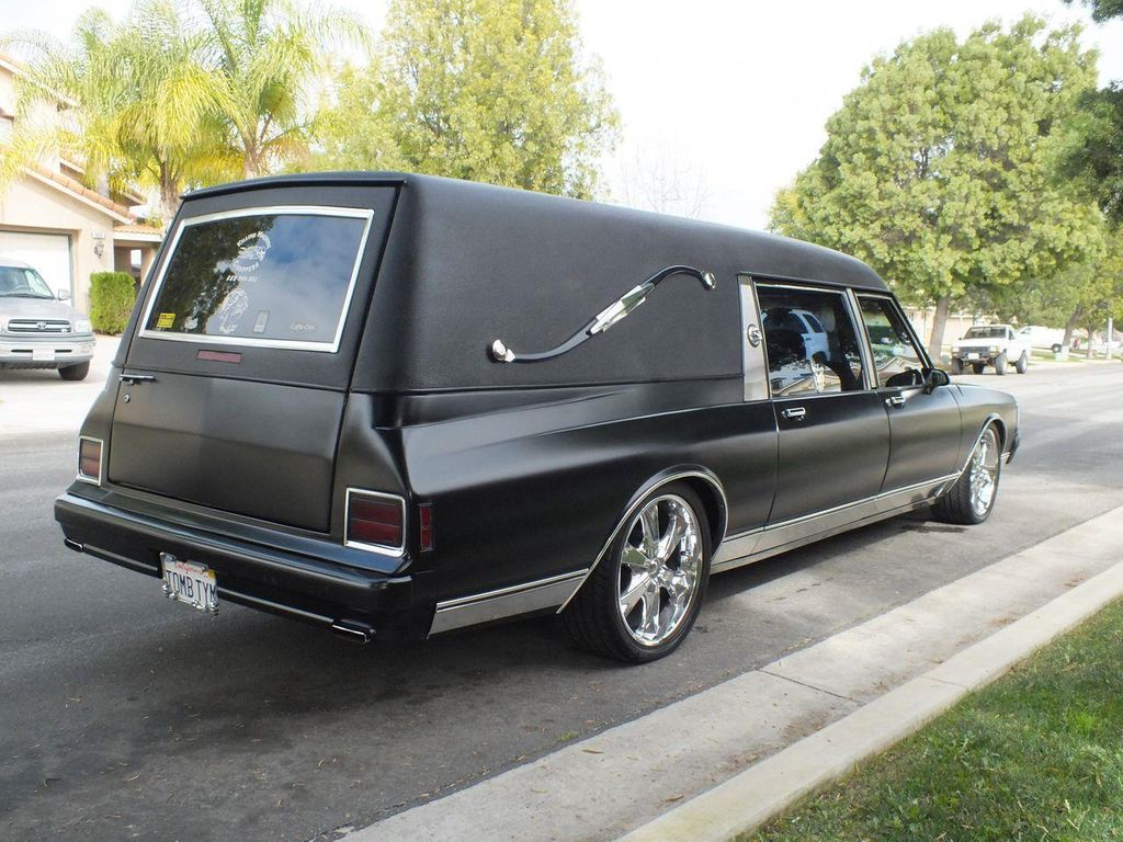1990 Chevrolet Caprice Hearse - 13249438 - 9