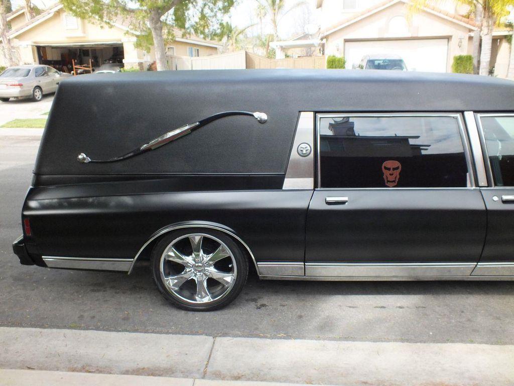 1990 Chevrolet Caprice Hearse - 13249438 - 10